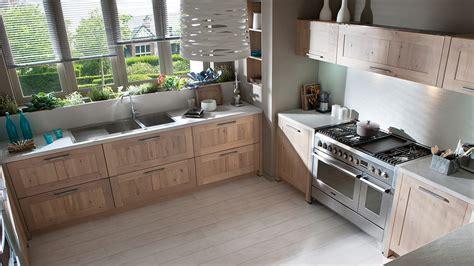 cuisine bois metal tendance métal dans la cuisine