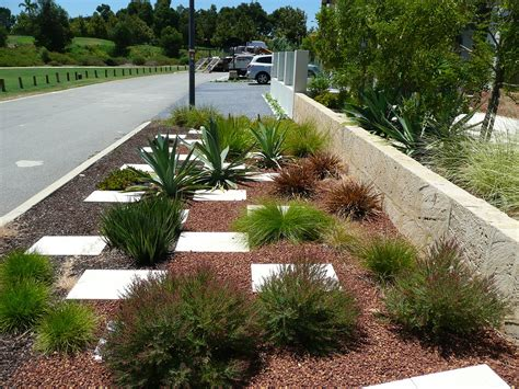 water wise gardens water efficient plantscapes