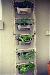 container herb gardens and other herb garden ideas With katzennetz balkon mit garden boxes