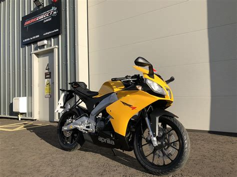 aprilia rs   rate finance uk delivery
