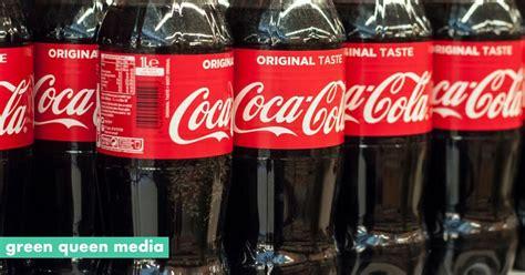 coca cola insists people   plastic bottles