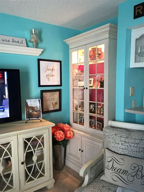 love   paint color benjamin moore tropicana cabana