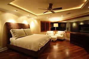 Bedroom ceiling lights modern cool diy bedroom lighting for Cool lighting plans bedrooms