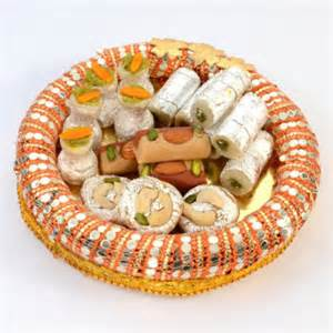 wedding gift list ideas gorgeous shaped thali with