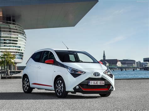 Toyota Aygo (2019)  Picture 3 Of 4