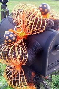 15 Fun And Scary Ideas How To Decorate Your Mailboxes For