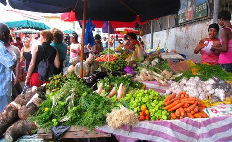 le marché de la cuisine marchés de cayenne cuisine guyanaise le clairon le