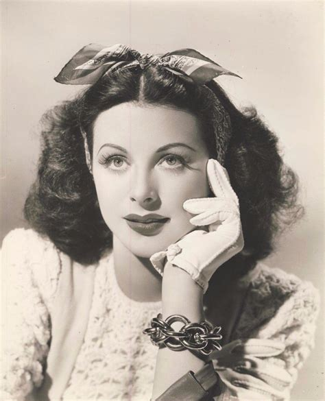 Popular Hairstyles In The 1940s by Hedy Lamarr 1940s Hair Bows Vintage