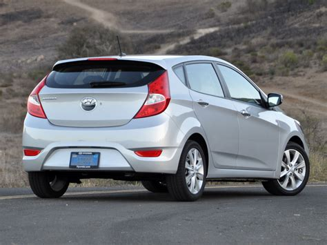 2013 Hyundai Accent Hatchback by 2013 Hyundai Accent Pictures Cargurus