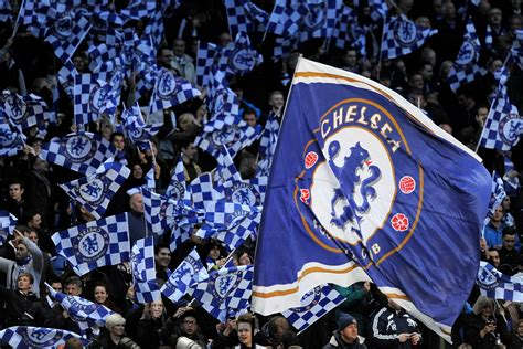 chelsea fans create intimidating atmosphere arsenals