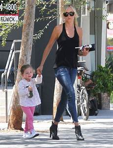 Kimberly Stewart Takes Her Daughter Delilah Out For Juice ...