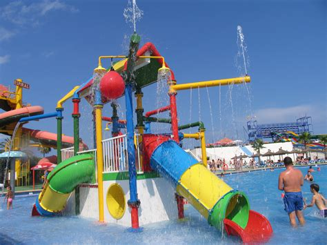 08499 Splashdown Waterpark East Peoria Coupons by Western Waterpark Mallorca Travel Pictures