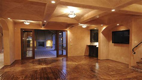 Interior : Custom Wall Finishes