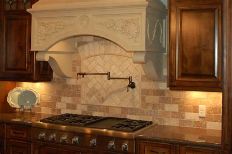 kitchen backsplash travertine tile backsplash travertine 1