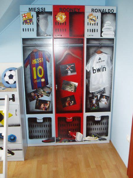 Best Bedroom Player by Best 25 Boys Football Room Ideas On Football