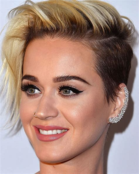 The Latest 30 Ravishing Short Hairstyles and Colors You
