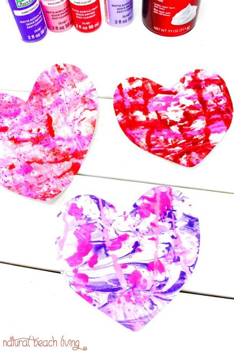 easy marbled hearts 483   Shaving Cream Art Preschoolers pin1 683x1024