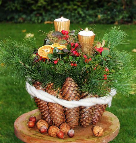Weihnachtsdeko Für Den Gartentisch by Winterliches F 252 R Den Hauseingang Garden Winter