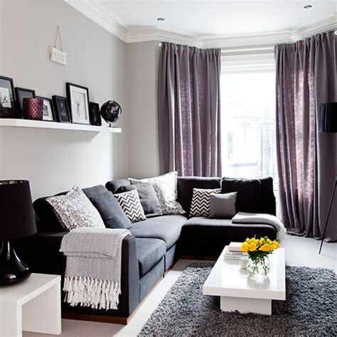 Grey And Purple Living Room Decor by Grey Traditional Living Room With Purple Soft Furnishings
