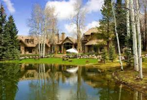 Luxury Log and Stone Homes