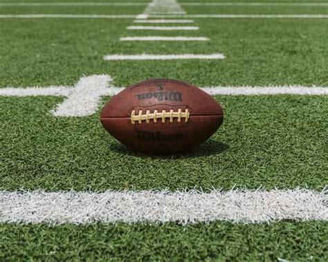 Friday night high school football scores