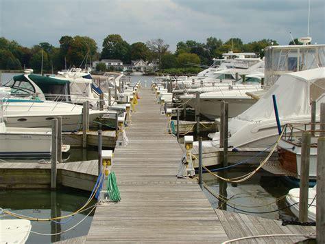 Boat Dockage by Dockage