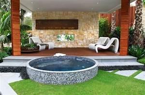 Whirlpool Rund Outdoor : whirlpool im garten einbauen 39 tolle gestaltungsideen ~ Sanjose-hotels-ca.com Haus und Dekorationen