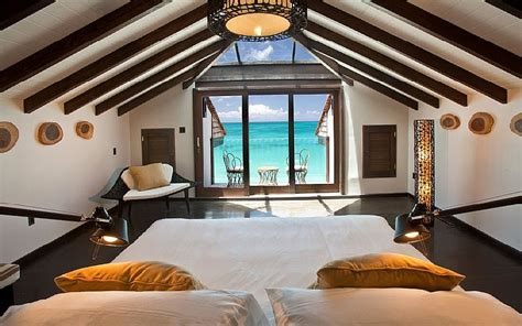 Stunning 3 Bedroom Luxury Beach House With Plunge Pool And