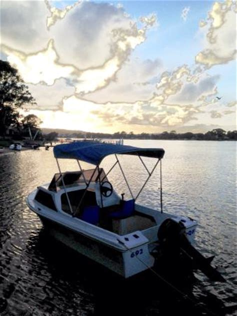 Pelican Boats Noosa by Pelican Boat Hire Noosaville All You Need To