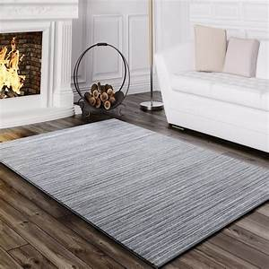 Wohnzimmer Teppich Grau : teppich wohnzimmer modern glitzergarn gestreift linien kurzflor meliert grau wohn und schlafbereich ~ Whattoseeinmadrid.com Haus und Dekorationen