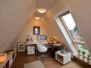 Dachausbau Mit Fenster : arbeitszimmer unterm dach selber machen heimwerkermagazin ~ Lizthompson.info Haus und Dekorationen