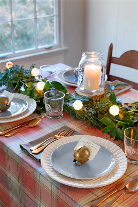75 Country Christmas Decorations  Holiday Decorating Ideas