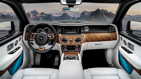 It lacks the luxury, prestige and gravitas of the cullinan. New Rolls-Royce Cullinan: The Most Luxurious SUV in the ...