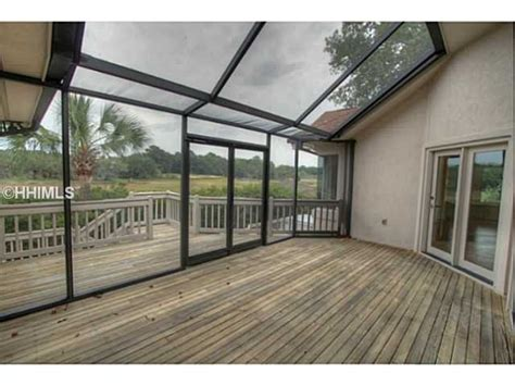 25 best enclosed decks ideas on patio deck