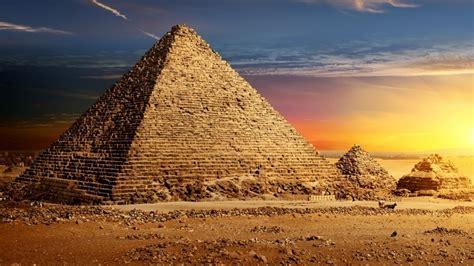bizarre  discovered  pyramids