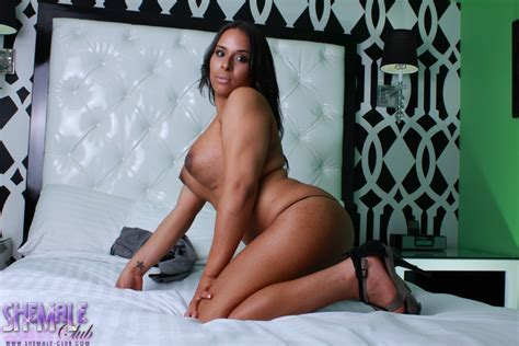 Shemale Club Beautiful Brianna Strips On The Bed Tgirlsblack