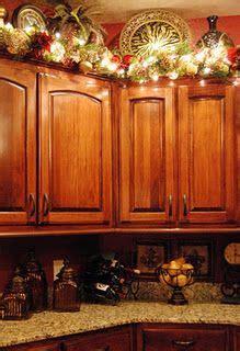 perfect  christmas   cupboard decor  id   climb