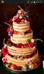 Herr Der Ringe Torte : kombination aus torte obst und blumen einfach herrlich torten hochzeitstorte ~ Frokenaadalensverden.com Haus und Dekorationen