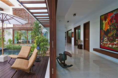 courtyard house  hiren patel architects architecture design