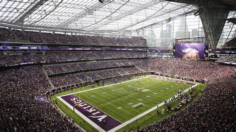 San Diego Chargers Wallpaper At U S Bank Stadium It 39 S First Down And Looking Good Mpr News