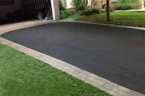 blacktop driveway ideas 25 best ideas about blacktop driveway on pinterest