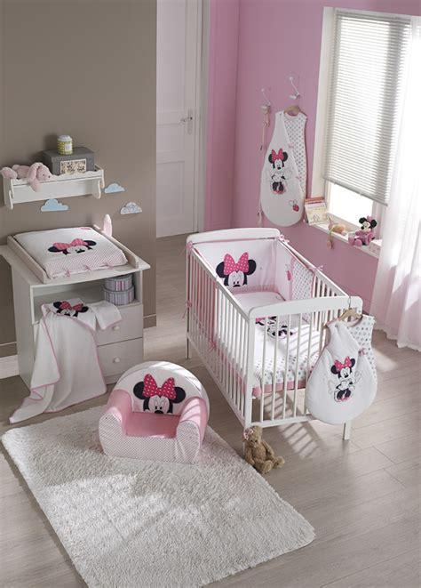 déco chambre de bébé décoration chambre bebe minnie