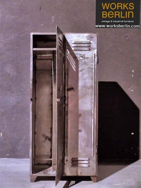 Alter Spind Kaufen by Vintage Metallspind Metallschrank Aus Polen 50er Jahre