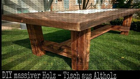 aus holz bauen solider tisch aus altholz selber bauen diy holz projekt