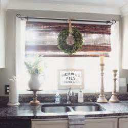 Kitchen Curtain Ideas With Blinds by Best 25 Kitchen Window Blinds Ideas On