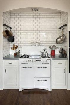 this house kitchen cabinets 1000 images about vintage kitchen on 50s 8462
