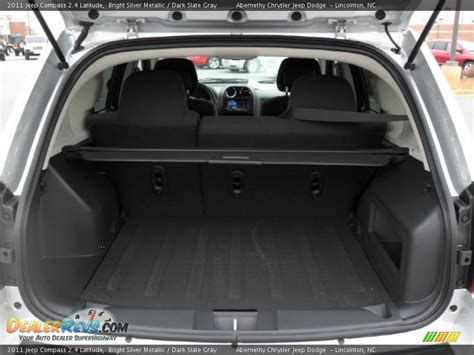 jeep compass trunk 2011 jeep compass 2 4 latitude trunk photo 18