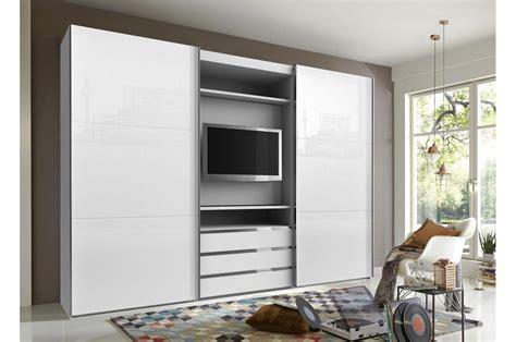 television pour chambre armoire dressing avec emplacement tv pour chambre adulte