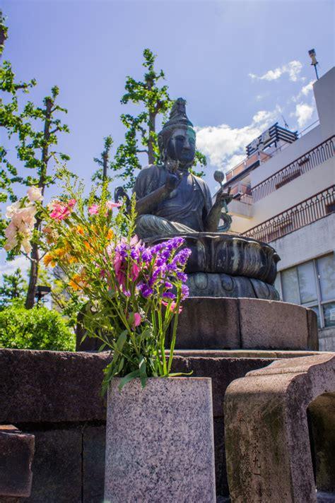 sensoji temple unmissable     asakusa tokyo