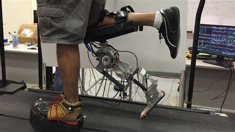 robotic prosthetic leg recreates  natural walking